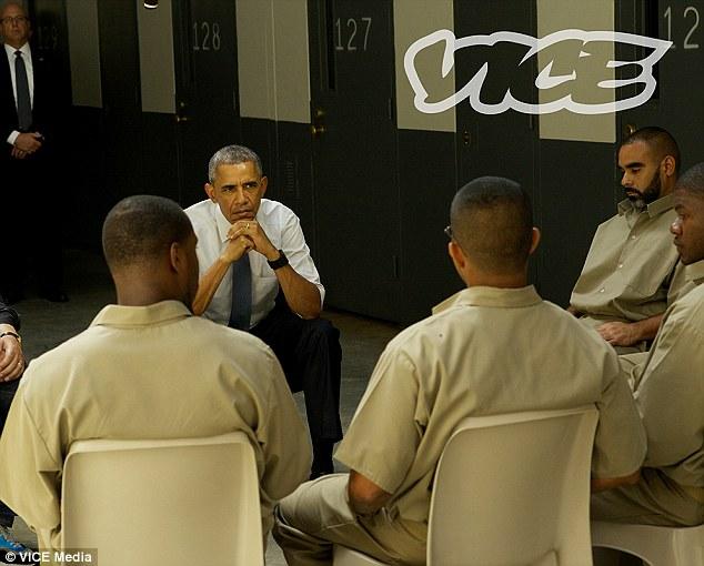 First Sitting President To Visit >> President Obama Becomes The First Sitting President To Visit Federal